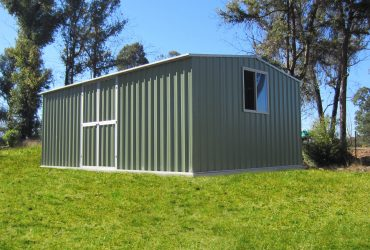 rib type roof as walling and roofing by shed quarters